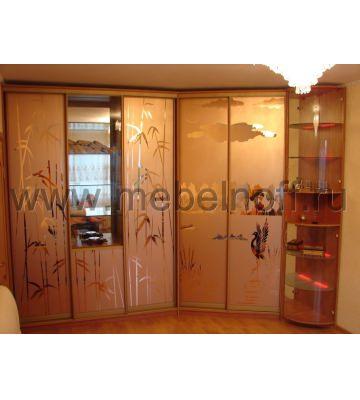 Многофункциональный угловой шкаф купе с розовыми зеркалами (модель 11)